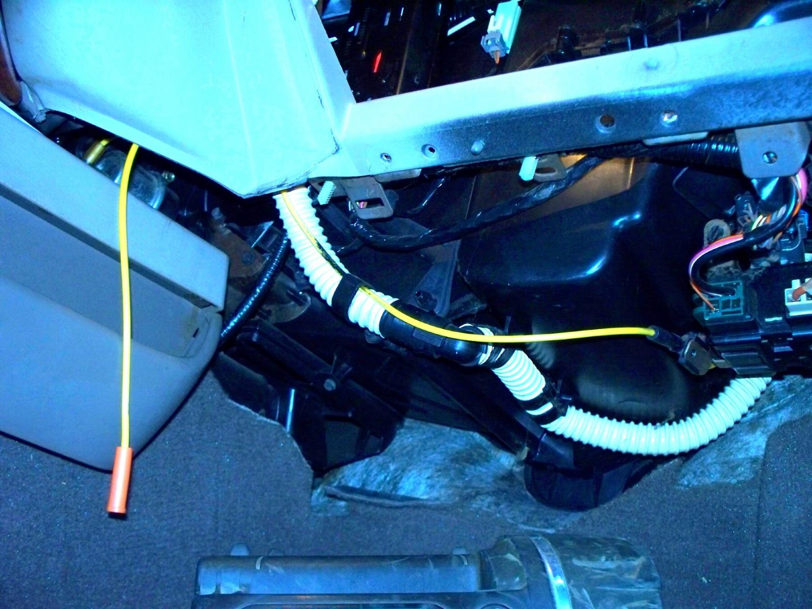 Yellow Ac Vacuum Line Under Pass Side Dash Disconnected Where Does. Click For Larger Version Name 10072581 Views 4365 Size 2236. Mercury. 2004 Mercury Sable Air Conditioning Diagram At Scoala.co