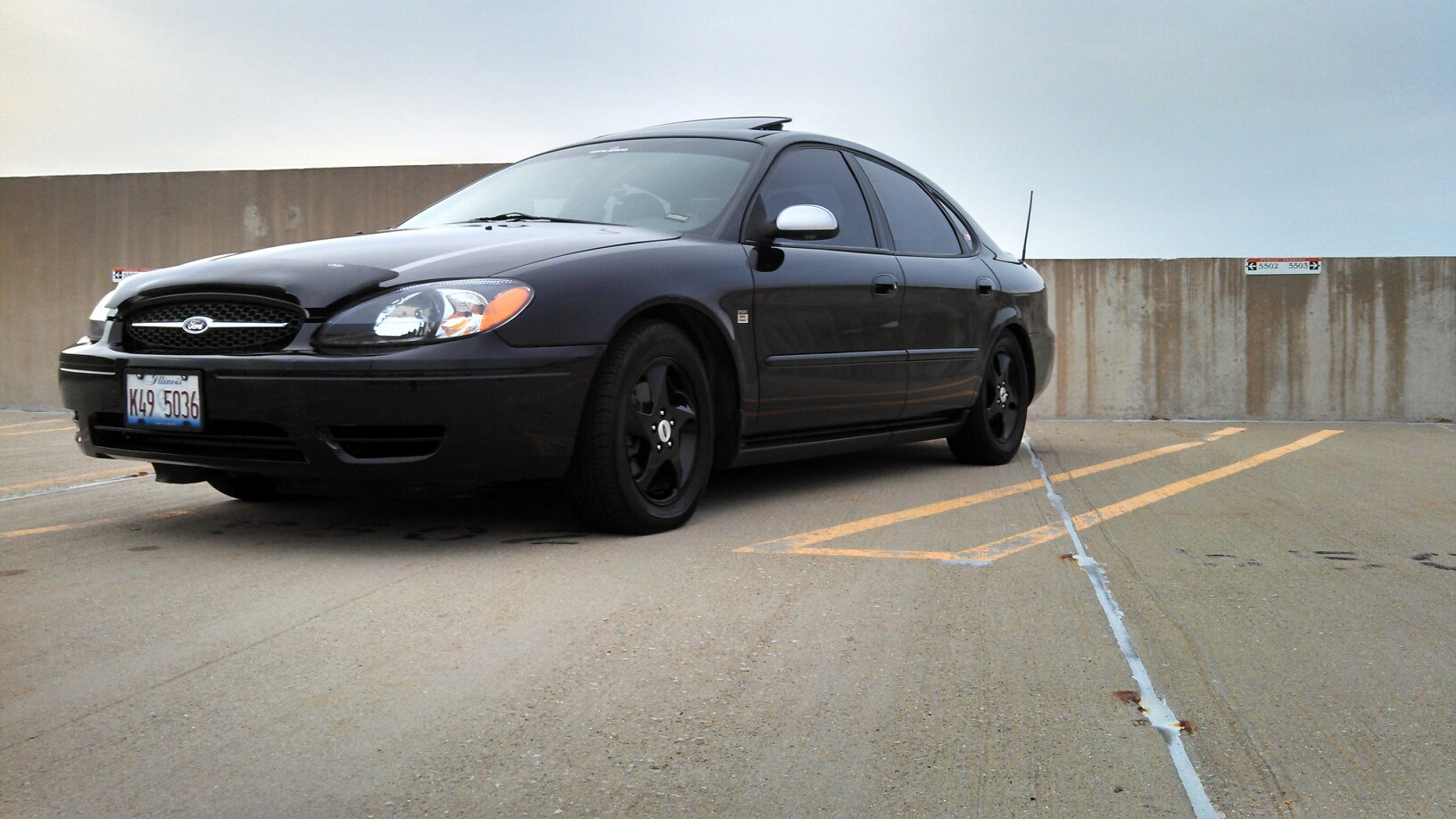 D Blackout S Ford Taurus Ses O