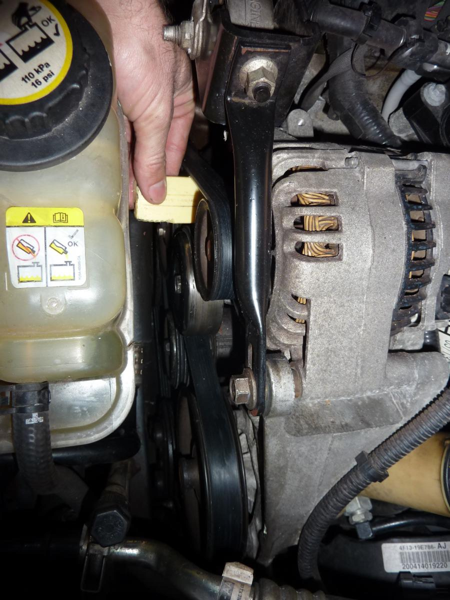 Squealing Accessory/serpentine Belt-121207_ford_taurus_fixingbeltsqueakwithsoapp1030552.jpg