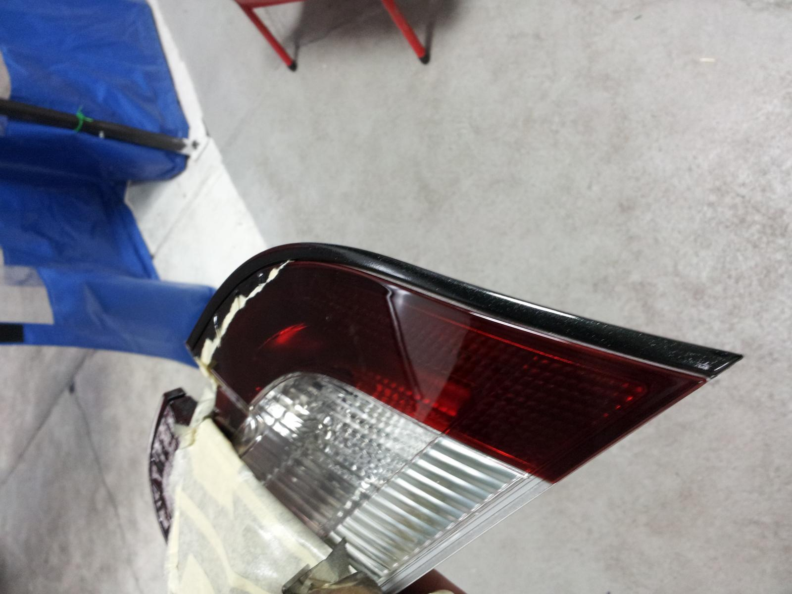 11 Taurus headlights taken apart...-20121201_170858.jpg