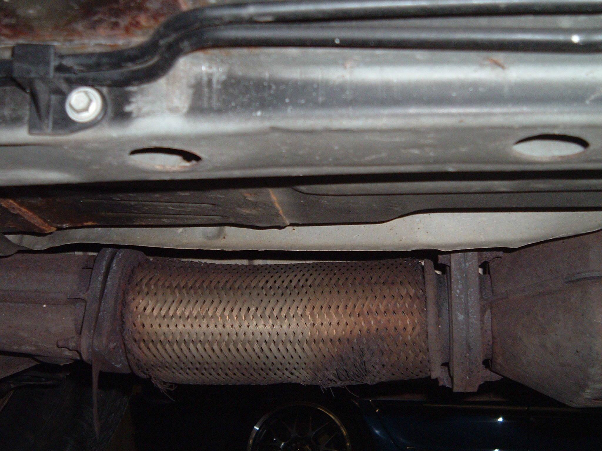 JPG (350.9 KB 1665 views) & Exhaust/flex Pipe/gasket Problem - Taurus Car Club of America : Ford ...