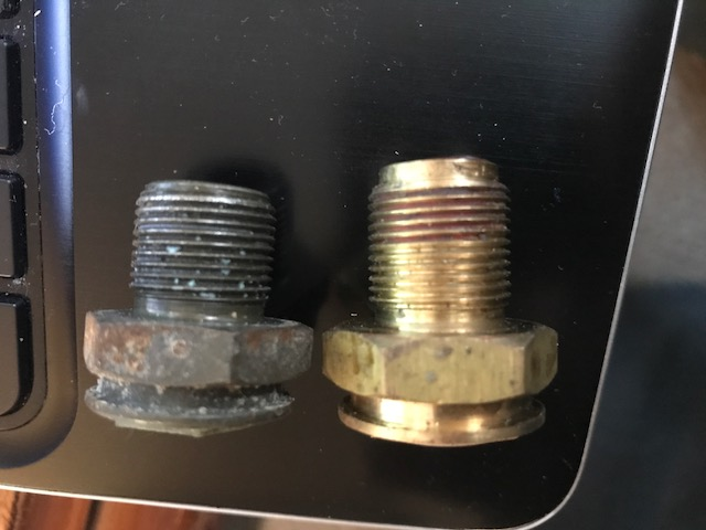 How To Check Transmission >> Leak of transmission fluid from radiator connector - Taurus Car Club of America : Ford Taurus Forum