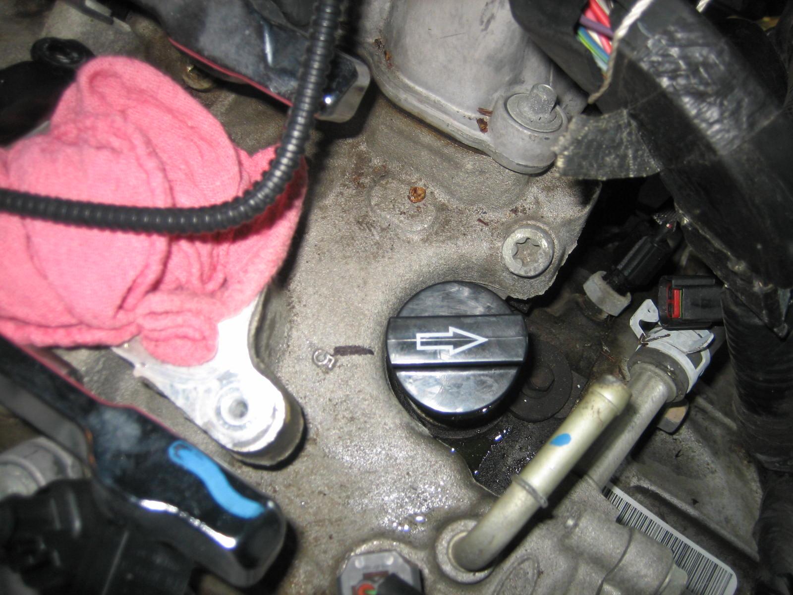 D Camshaft Position Sensor Help Img on 97 Ford Explorer Engine