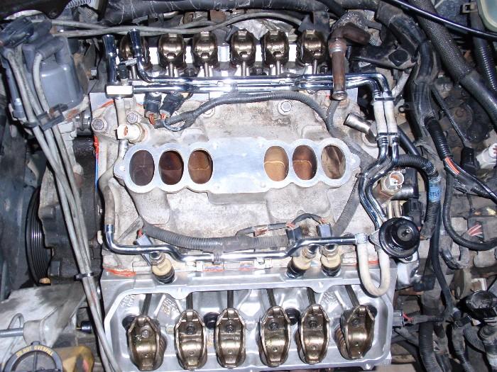 Barkentine's 1993 Taurus Project Car-lx-intake-injectors-04mar2013-038b.jpg