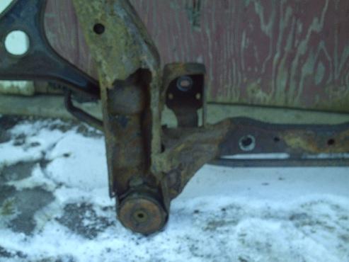 2005 taurus the rust bucket-mount.jpg