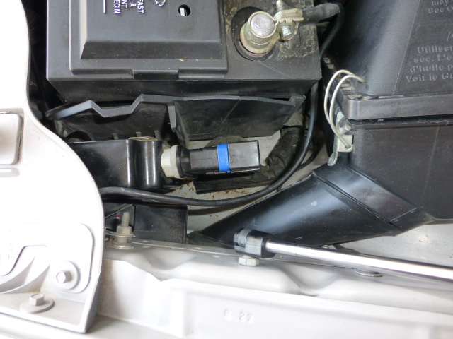 Loose part by battery?-p1000054.jpg