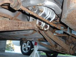 Replacing Entire Rustbelt Rear Suspension 92 Wagon Taurus Car
