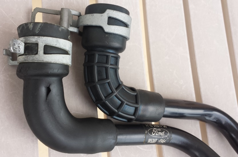 D Duratec Pcv Valve Location Pcv Hoses Old New on Ford 3 0l Engine Diagram