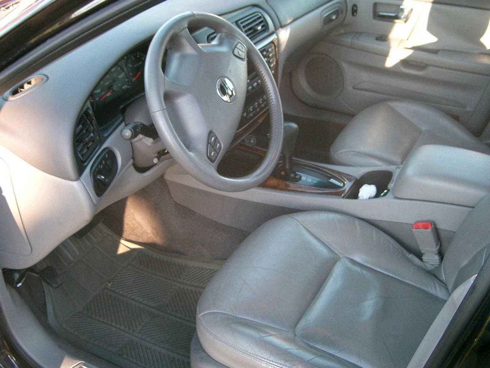 New purchase - report and minor questions.-sable-drivers-seat.jpg