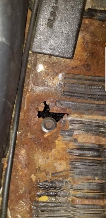 Rusted floor board-screenshot_20181215-075750_gallery.jpeg
