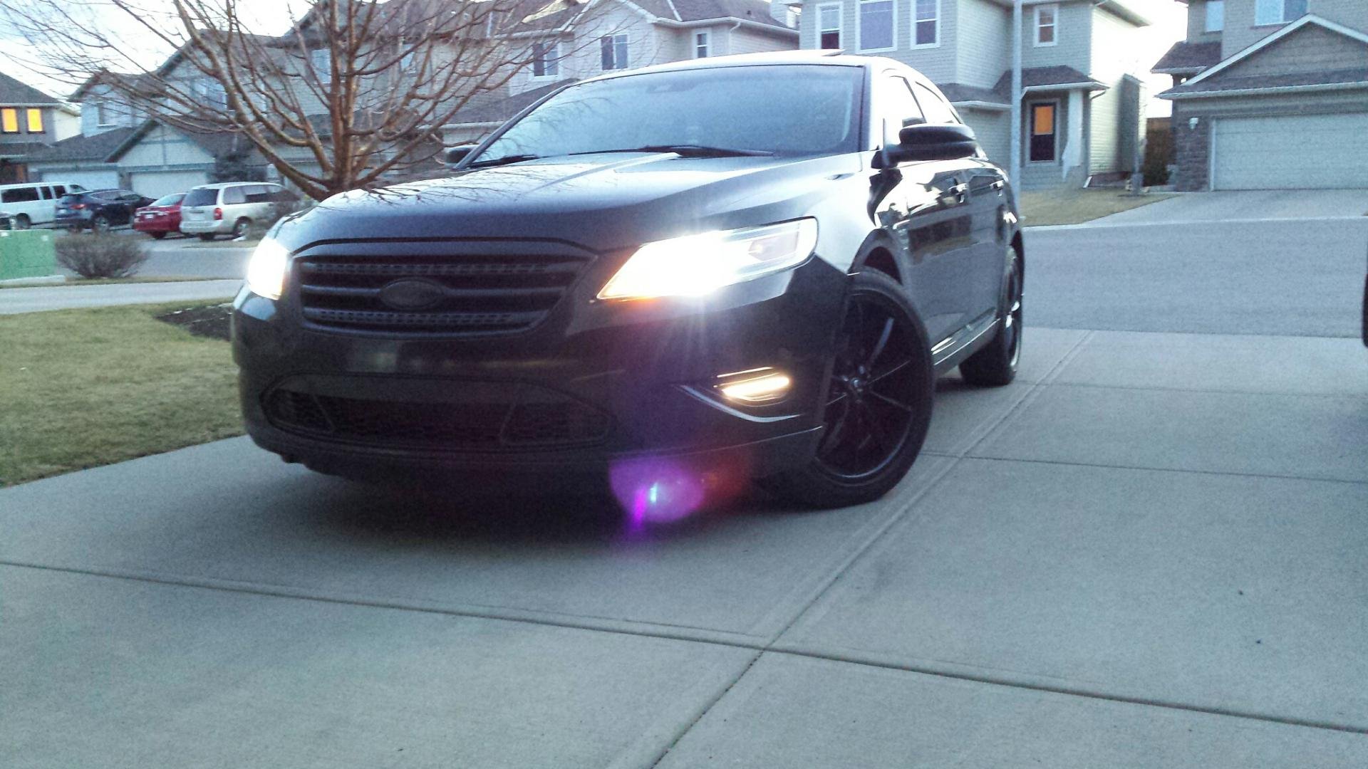 ford taurus 2012 black