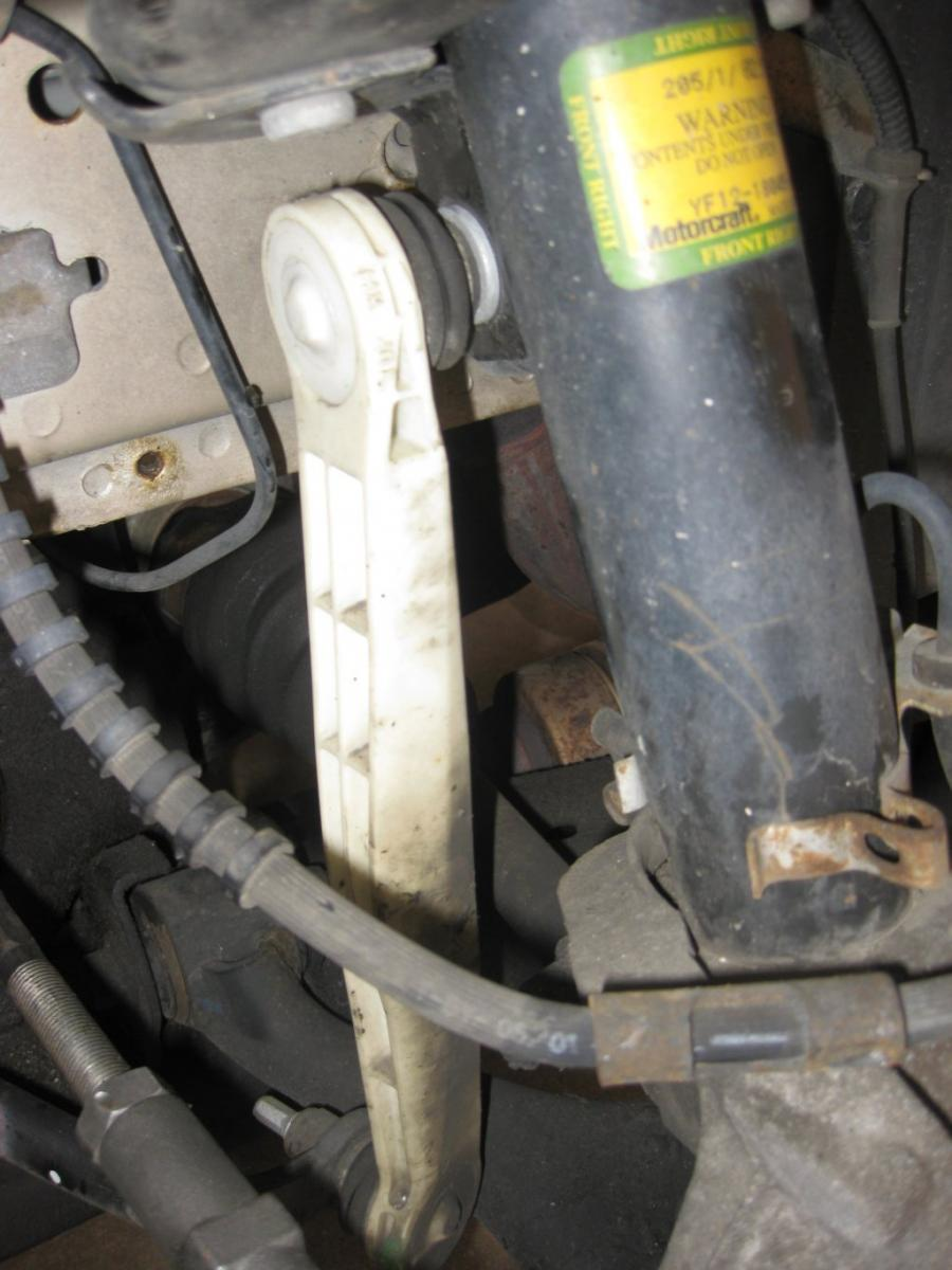 Front Sway Bar >> Help me diagnose suspension issue...sway bar link? CV axle? - Taurus Car Club of America : Ford ...