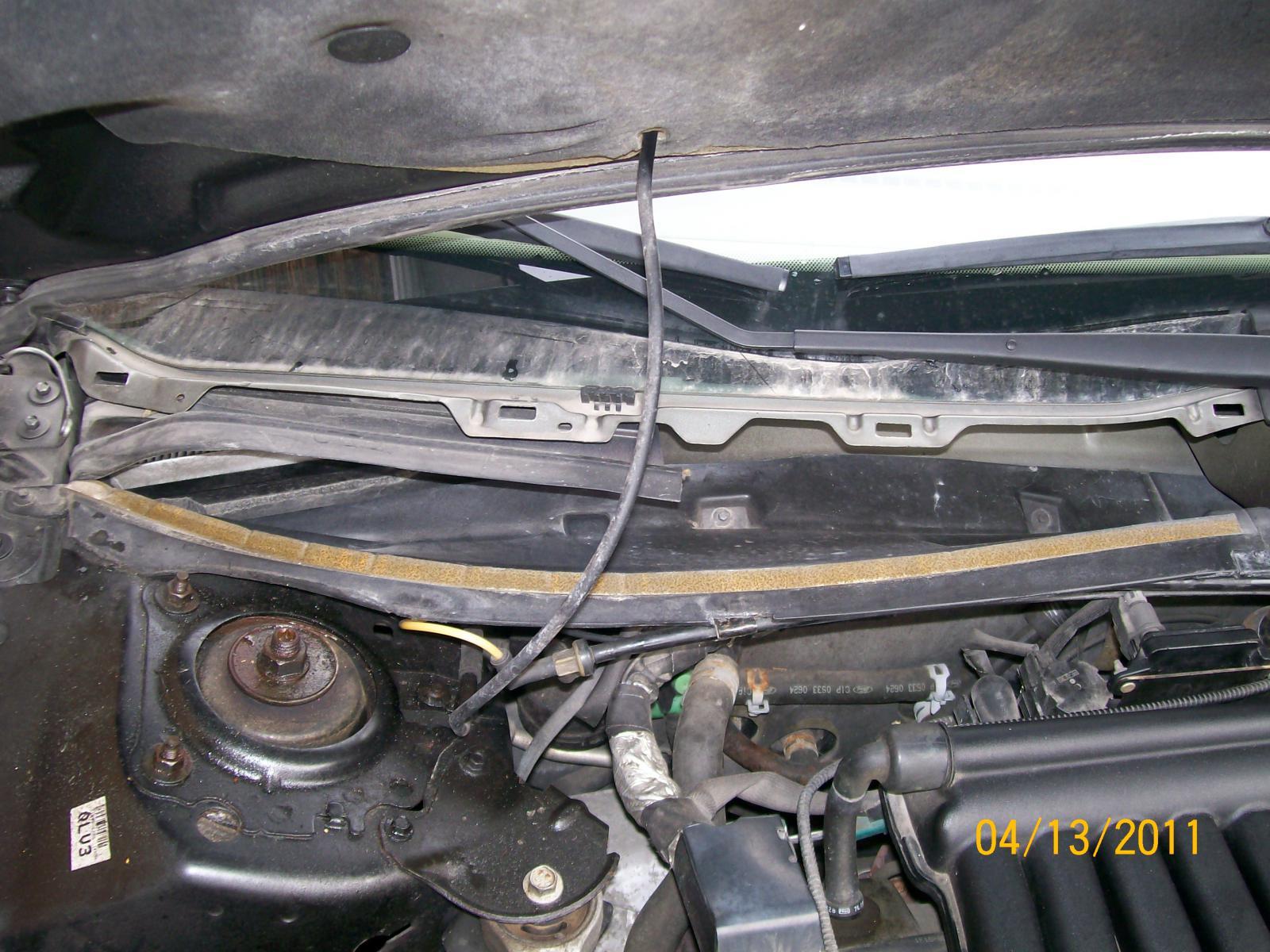 2003 Taurus With Wet Floor Front Passenger Help